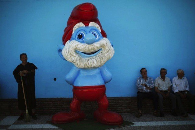 Unusual places to visit in Europe: Spain's smurf village Global Grasshopper