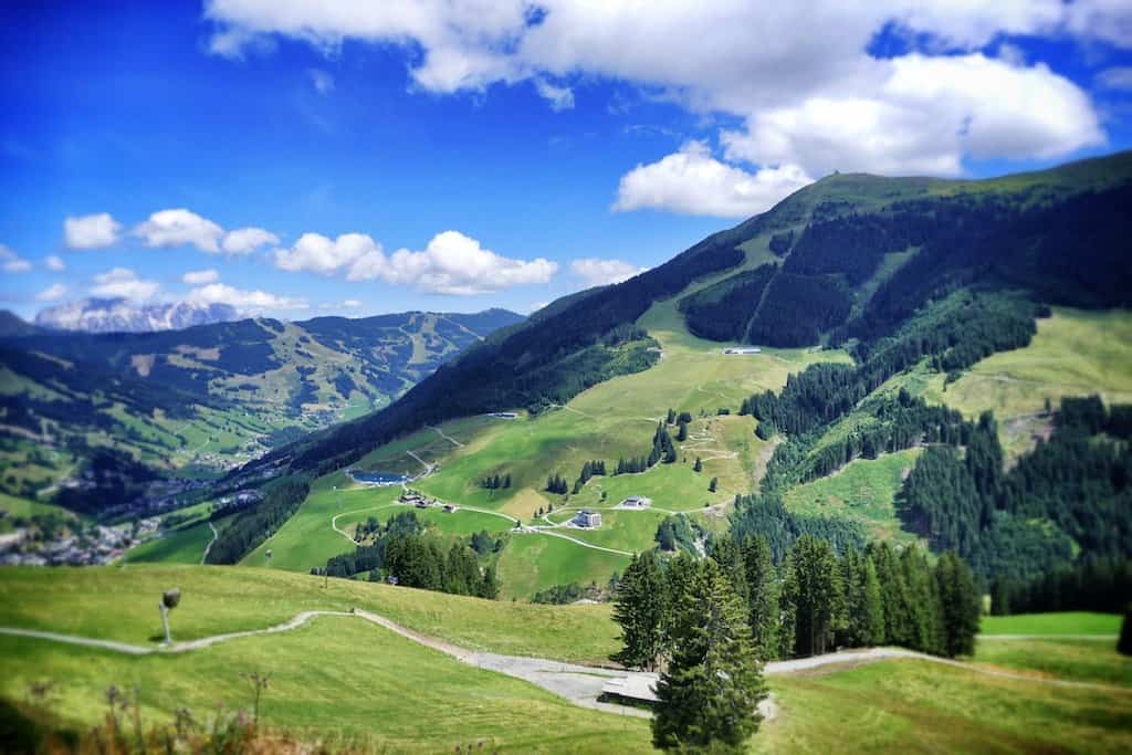 In BIG pictures: summer views of the beautiful Austrian Alps Global Grasshopper