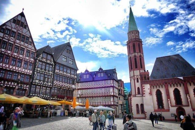 A luxury stay in Frankfurt - the Steigenberger hotel and Breeze restaurant Global Grasshopper