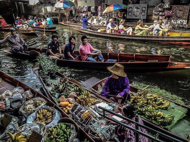 Exploring old Bangkok