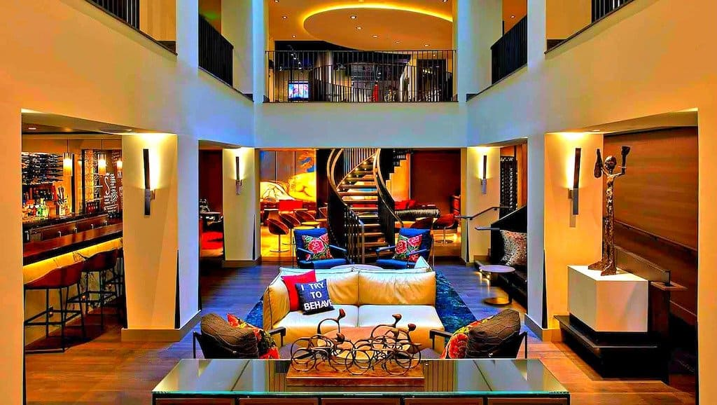 Top 10 cool and unusual hotels in portland travel blog for Cool boutique hotels