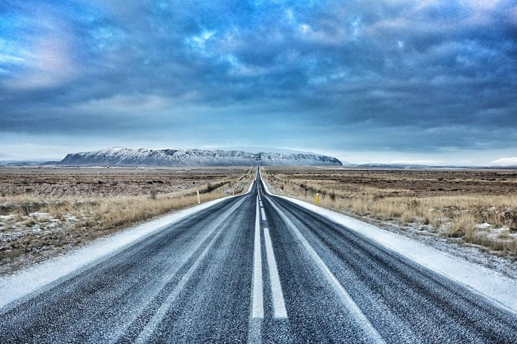 Drive-towards-Selfoss