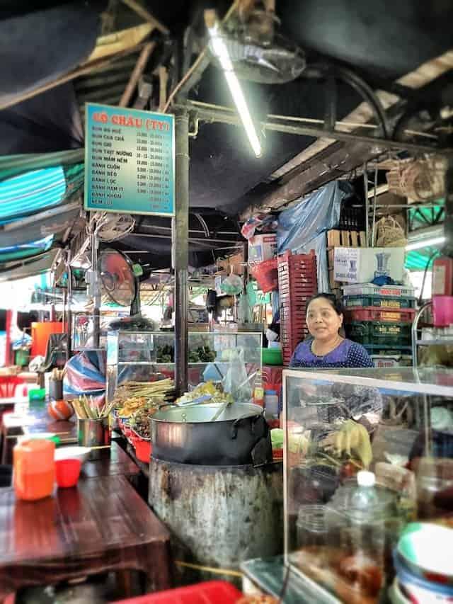 Dong Ba Market Image