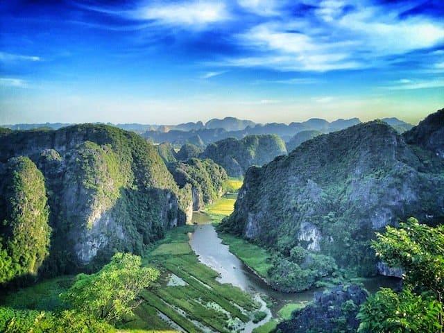 Hang Mua Stairs Image_Snapseed