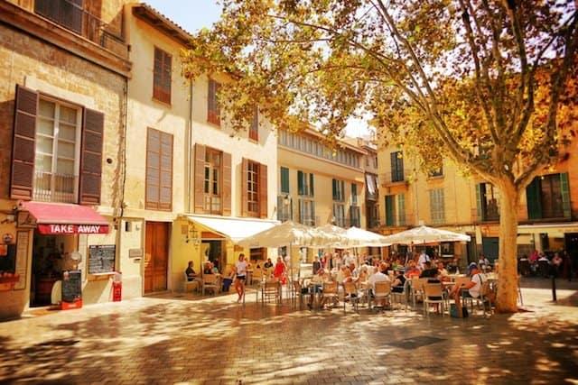 Square in Palma