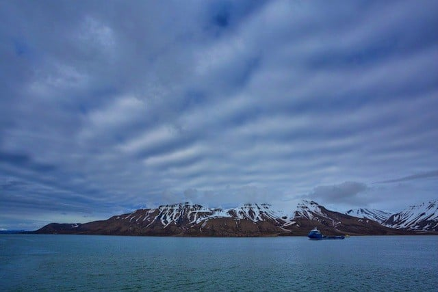 An icy Arctic adventure - from Longyearbyen to Barentsburg by boat Global Grasshopper