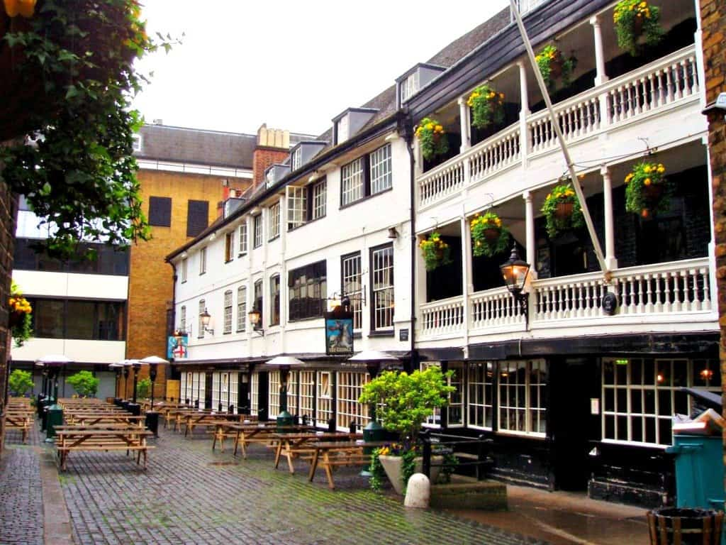 Exploring London - on the trail of literary heroes Global Grasshopper