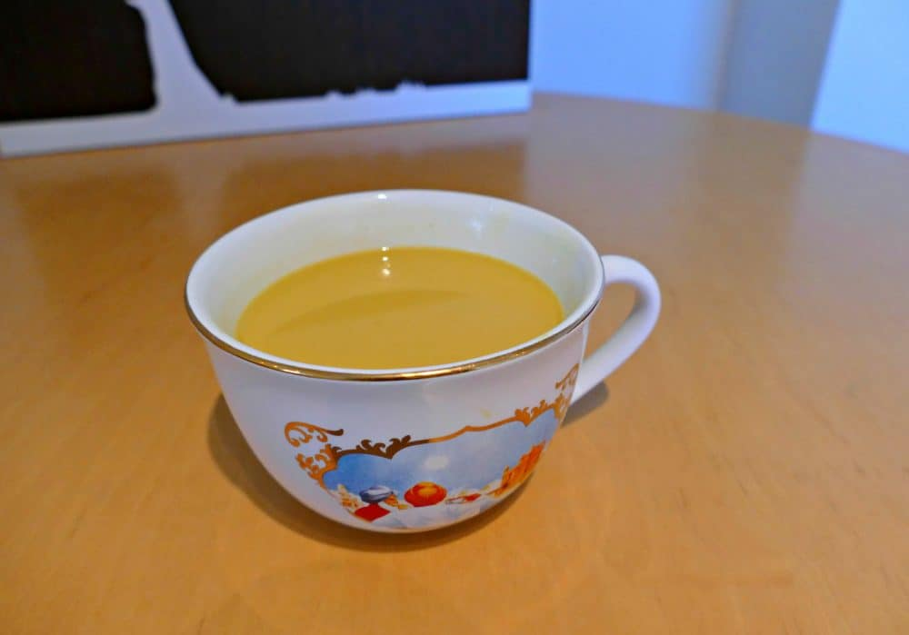 Reflections on Golden Moments with YOGI TEA® Turmeric Chai Global Grasshopper