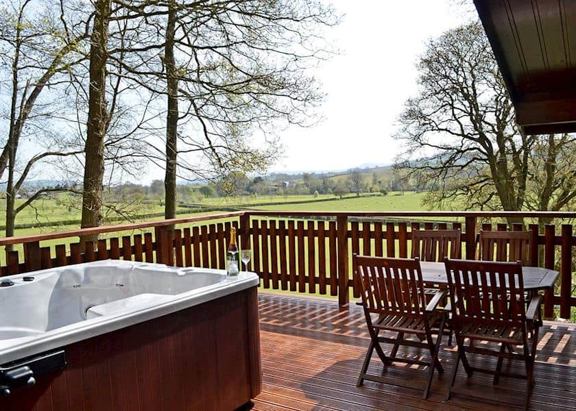 Ten of the best hot tub hideaways in the UK Global Grasshopper