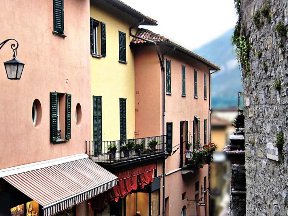 Discovering idyllic Bellagio, Lake Como, Italy Global Grasshopper