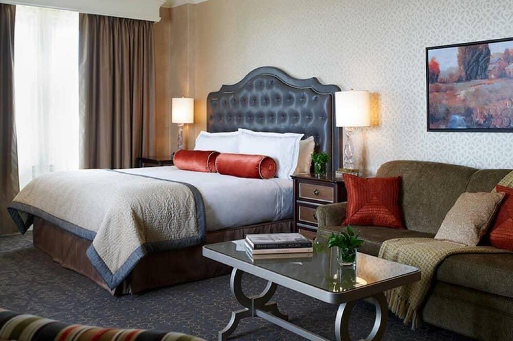 Unique hotels in Boston