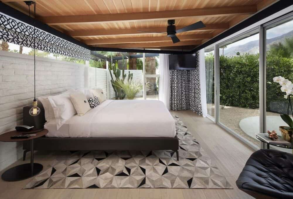 Cool hotels in Palm Springs