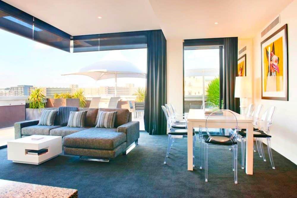 The Cullen Hotel - a trendy Melbourne hotel