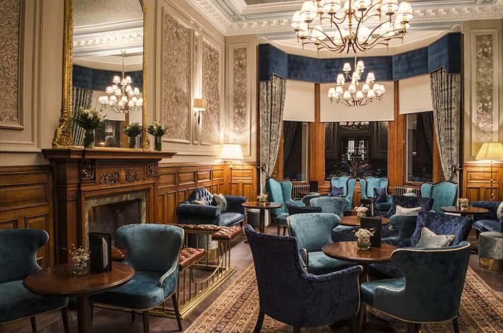 Upscale hotel in Edinburgh