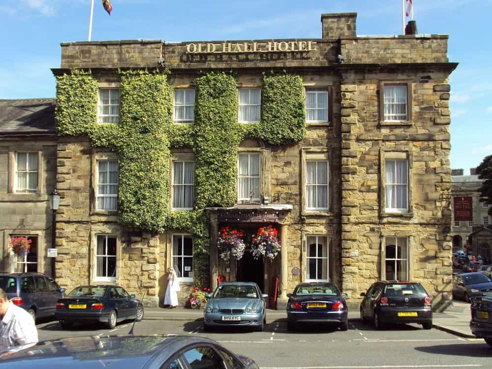 Top 15 Dog Friendly Hotels In The Peak District Global Grhopper
