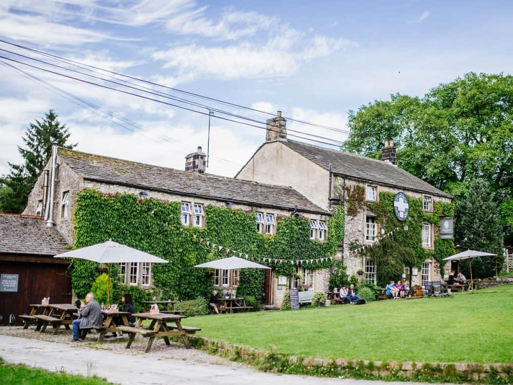 Top 15 dog-friendly hotels in Yorkshire Global Grasshopper