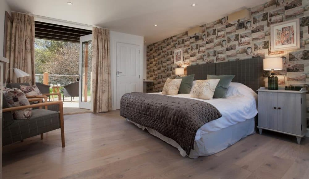 Top 15 dog friendly hotels in Devon Global Grasshopper