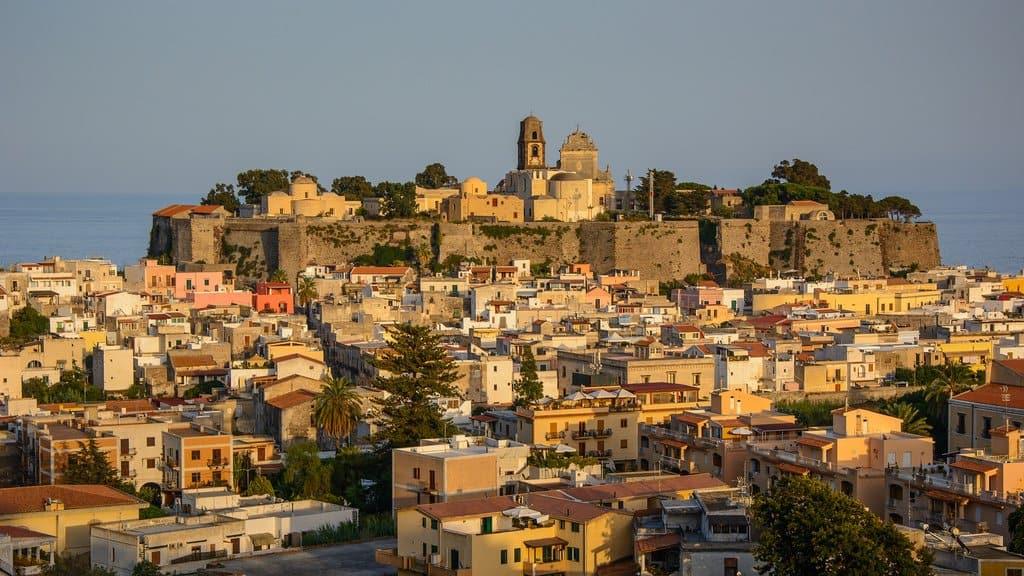 7 European beauty spots to explore with Schengen Insurance Global Grasshopper