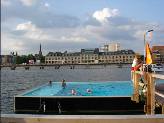 Badeschiff, swimming pool Berlin
