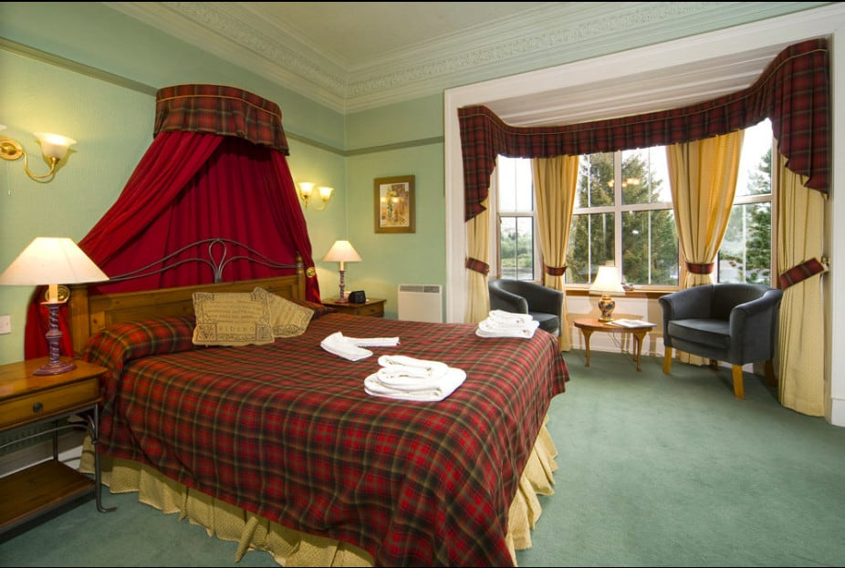 A historic pet-friendly hotel on the banks of Loch Leven