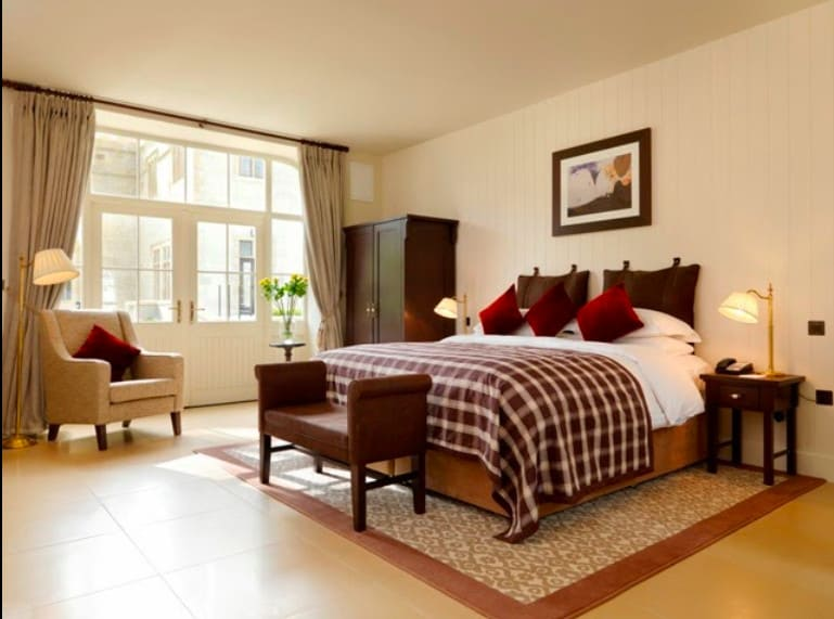 Pet friendly hotel in Donegal