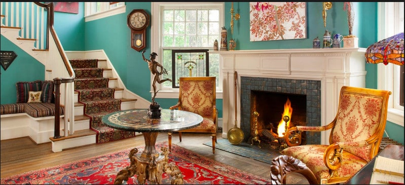 A dog friendly boutique-style hotel in central Asheville