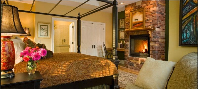 A pet friendly boutique-style hotel in central Asheville