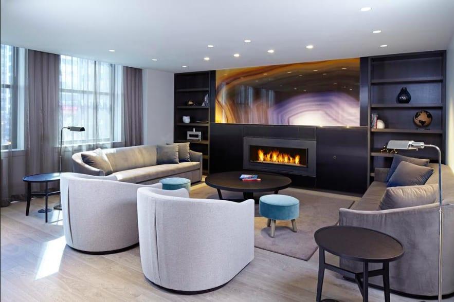 A stylish dog-friendly Chicago hotel