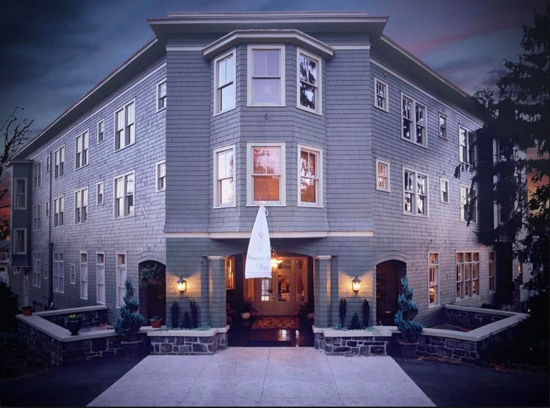 Princess Anne Bed & Breakfast - a charming historic hotel located in Central Asheville