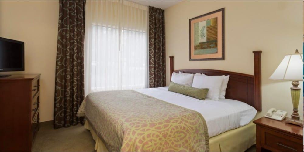 A budget pet friendly hotel in Orlando