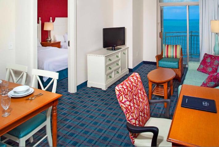 An all-suite dog friendly hotel in Virginia Beach