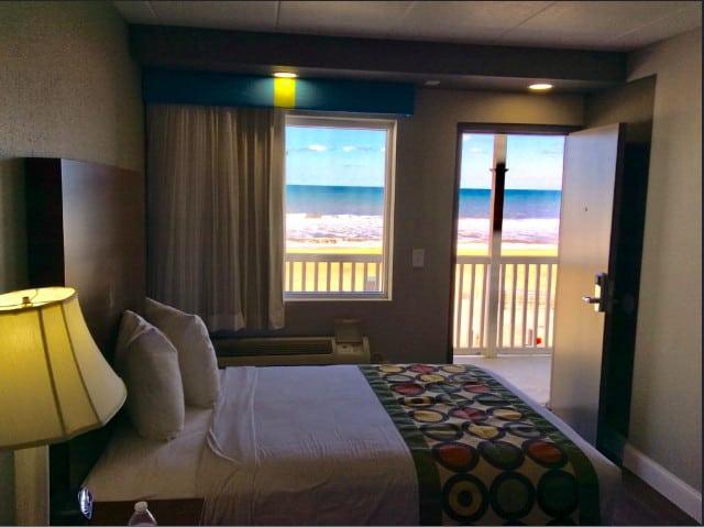 A budget dog friendly hotel in Virginia Beach