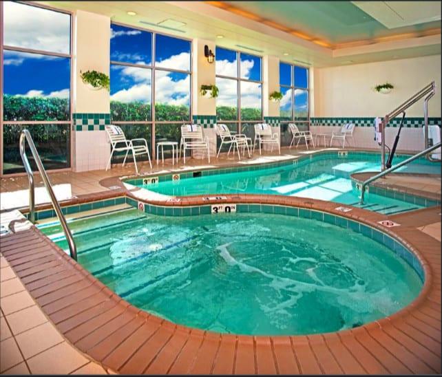 An all-suite pet friendly hotel in Virginia Beach