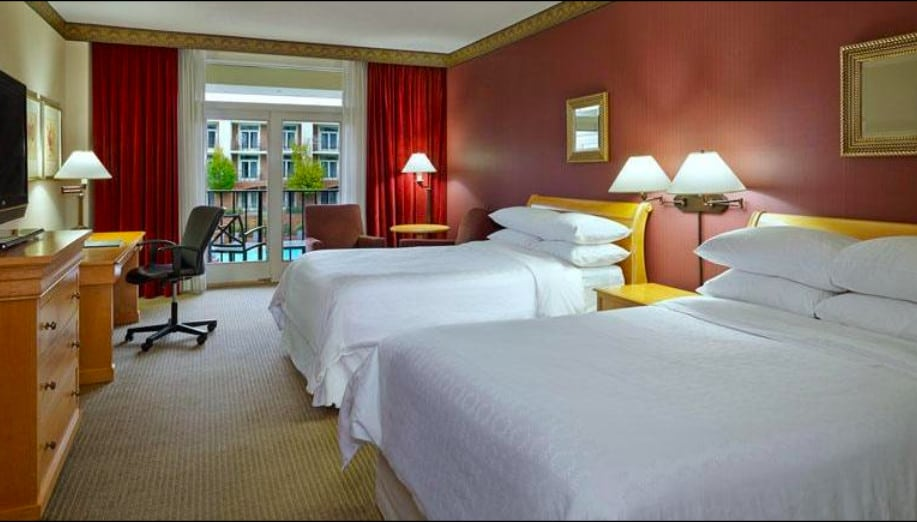 Beautiful pet friendly hotel in Nashville