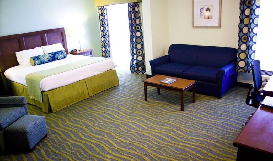 Mid-range dog friendly hotel Myrtle Beach