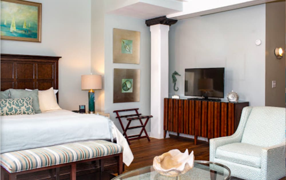 Character pet friendly hotel in Savannah