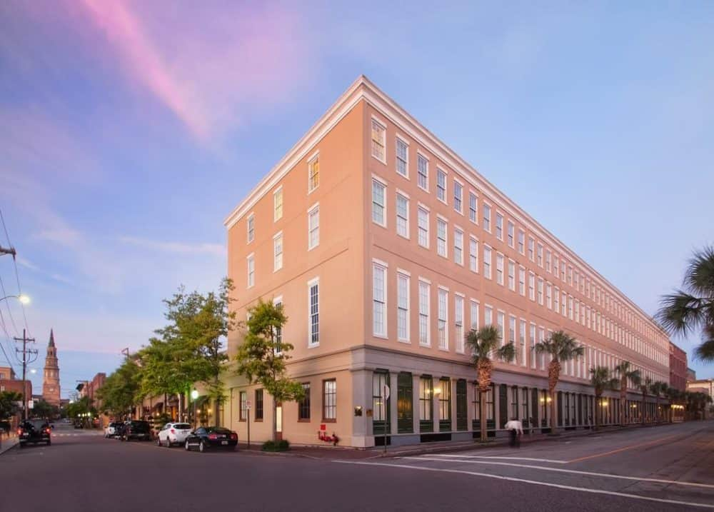 Top 15 dog-friendly hotels in Charleston Global Grasshopper