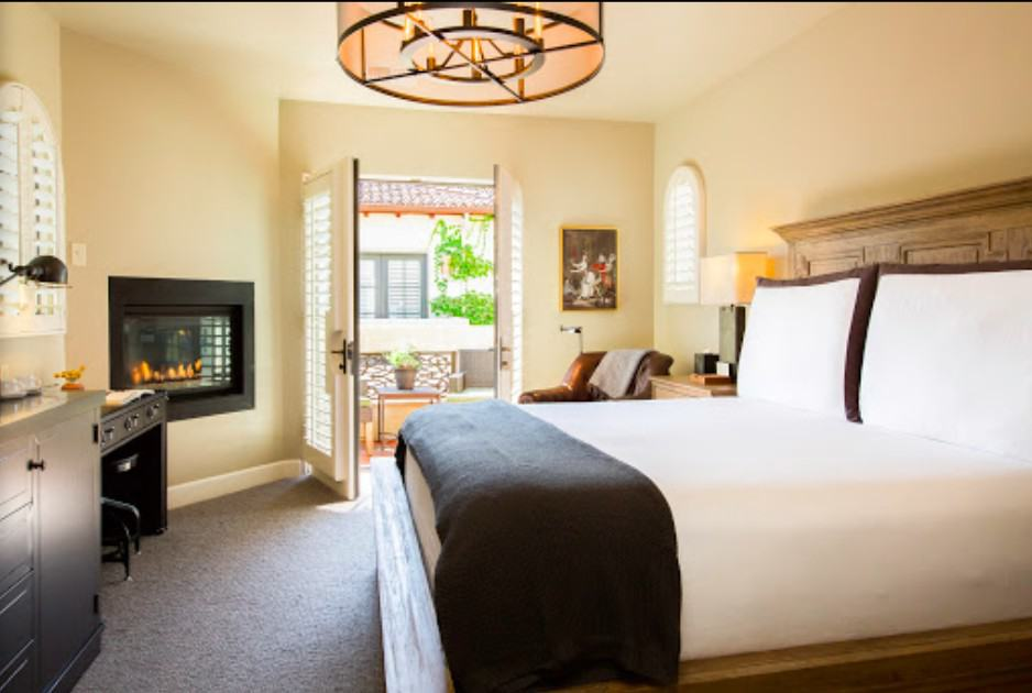 Chic dog-friendly hotel Napa Valley