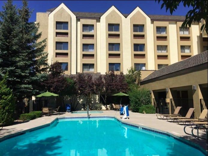 DoubleTree by Hilton Hotel Flagstaff - pet friendly hotels