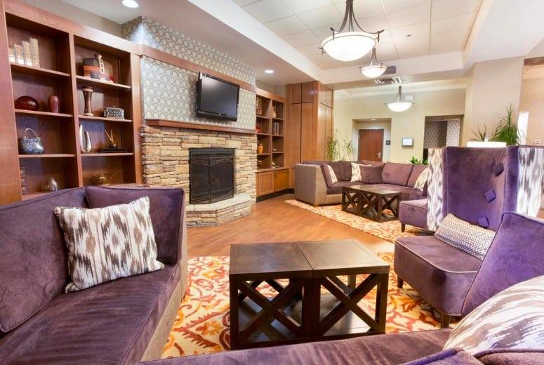 upscale pet friendly hotel in Flagstaff