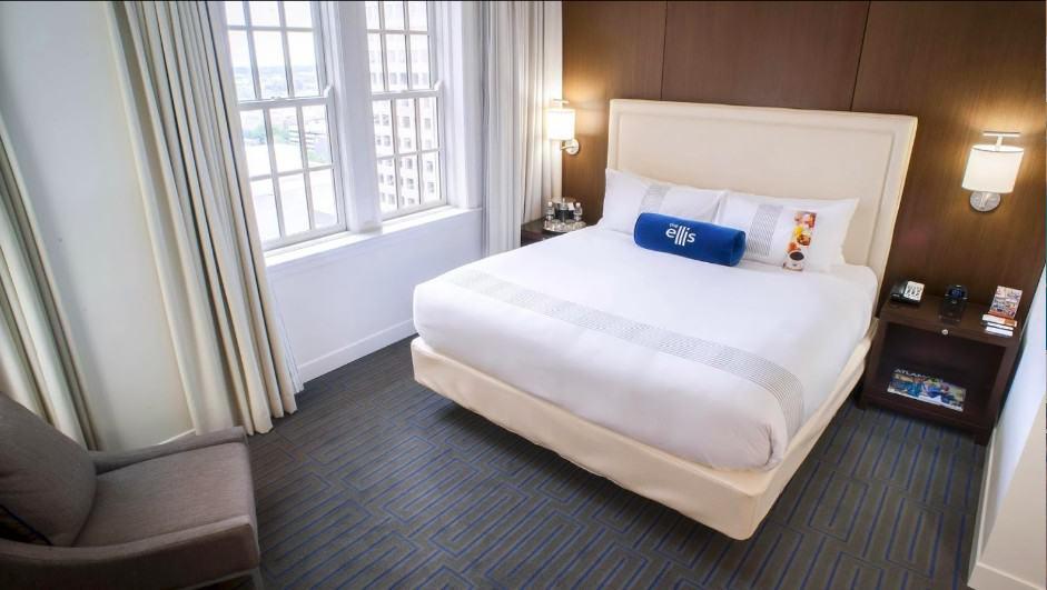 A chic dog friendly hotels in Atlanta