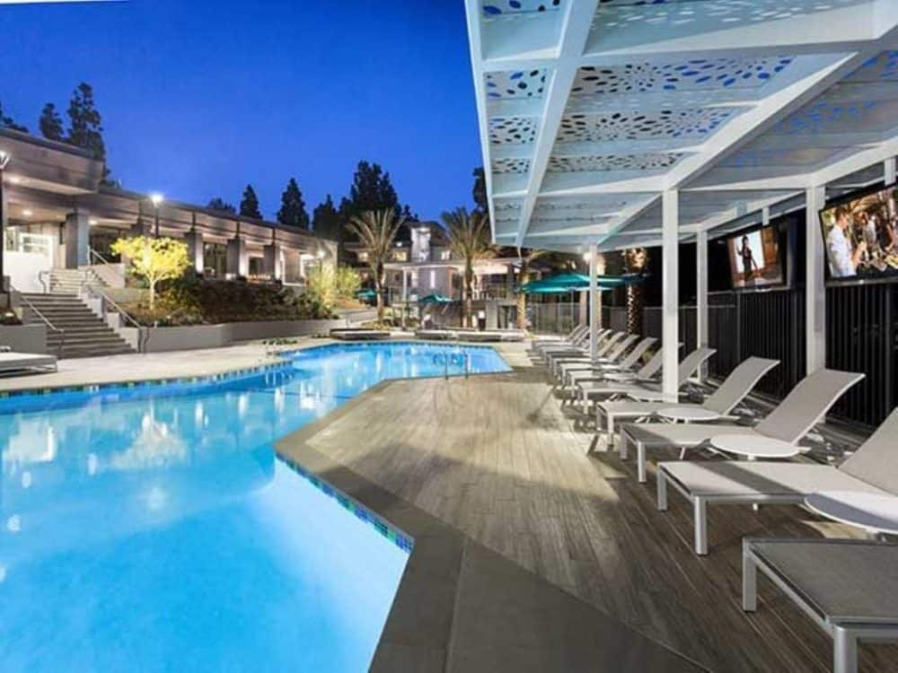 Dog friendly extended stay Los Angeles