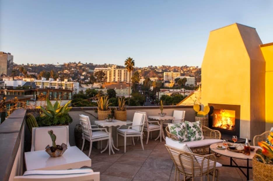 Chic pet friendly hotel in Los Angeles
