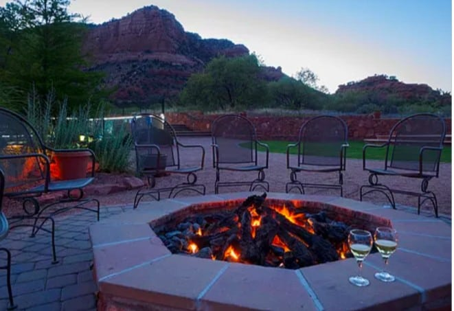 Pet-friendly resort located in the red rock