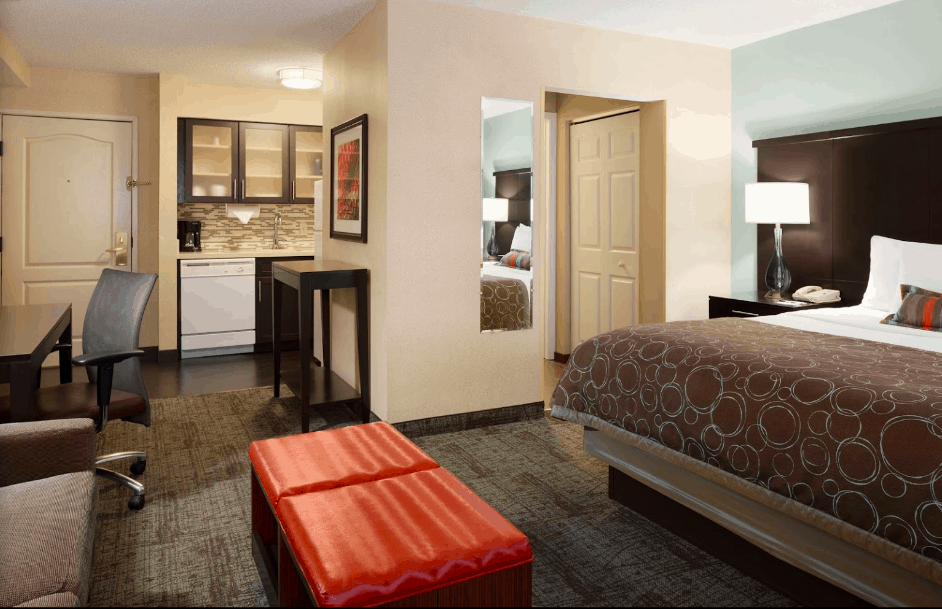 All suite dog friendly hotel in Atlanta