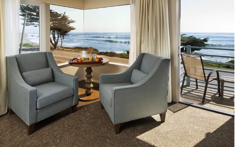 Chic pet friendly hotels in Cambria