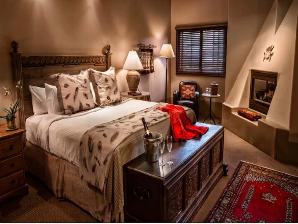 upscale pet welcoming hotel in Santa Fe
