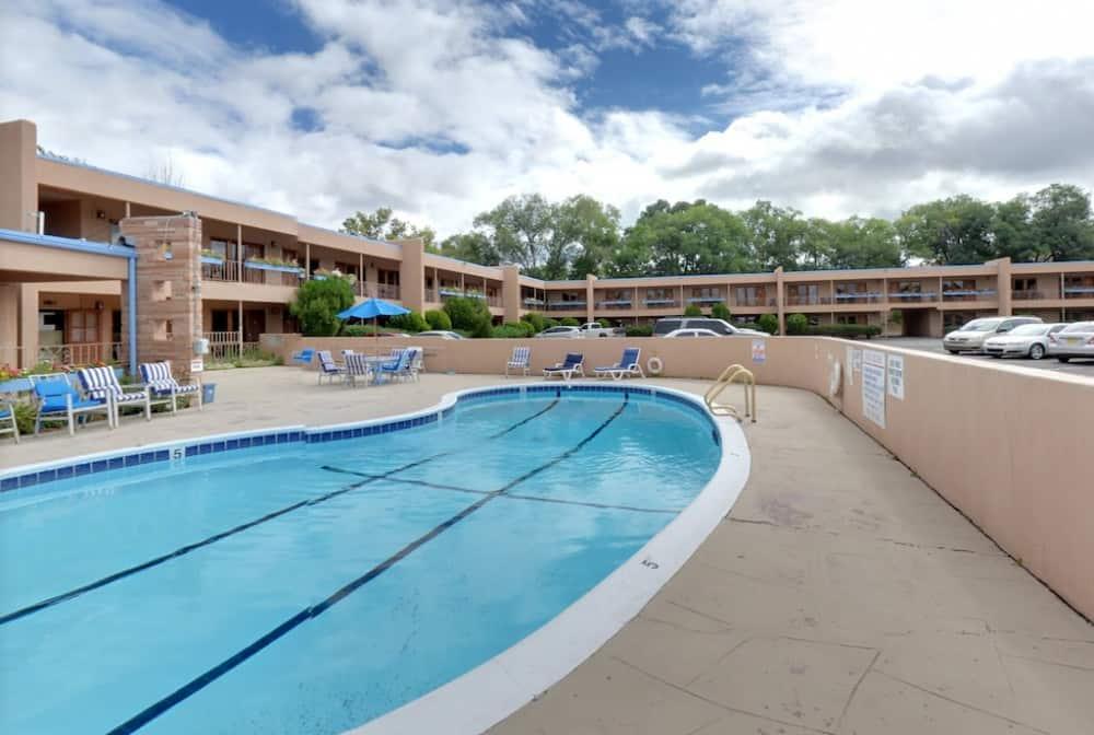 Pooch welcoming hotel Santa Fe