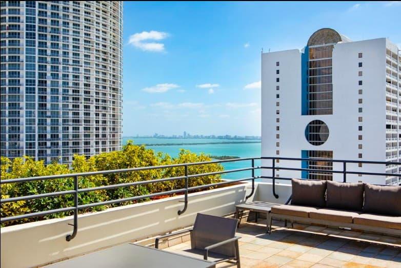 Contemporary pet friendly hotel in Miami