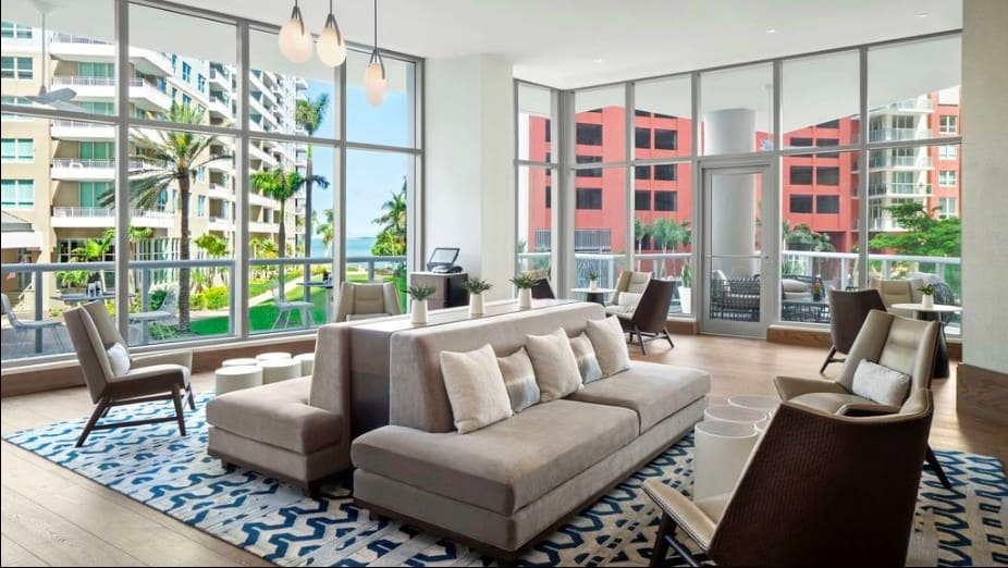 Great pet friendly hotels in Miami